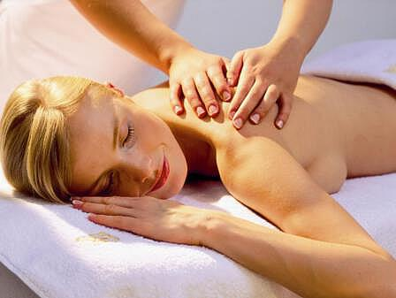 Wellnessanwendung - Massagen - Entspannungsurlaub Ostsee | Hotel Osteeland