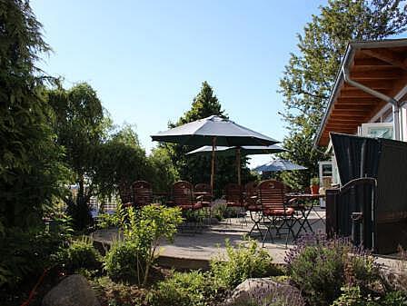 Sonnenterrasse für die Gäste - Restaurant Diedrich's | Hotel Osteeland